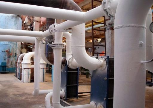 Réseau de chaleur isolé thermiquement et protégé de la corrosion avec Korund Anticor
